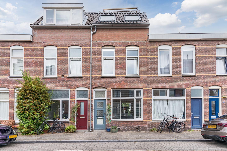 Bekijk foto 1 van Van Lennepstraat 91