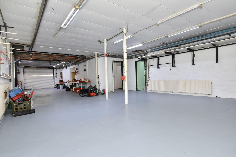 Bekijk foto 3 van Industrieweg 106