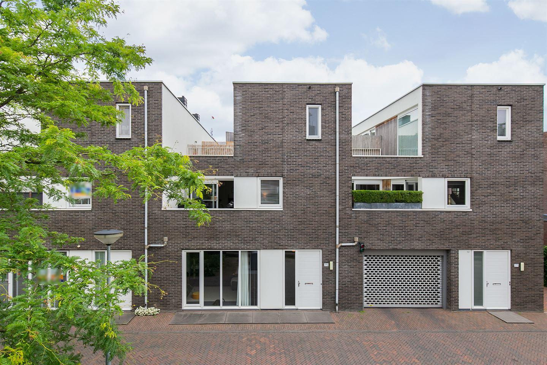 Bekijk foto 1 van Beurtvaartstraat 75