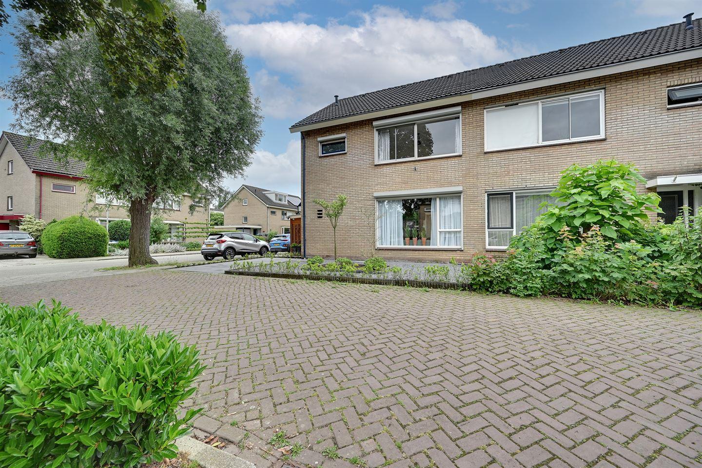 Bekijk foto 2 van Wilgenhoek 24