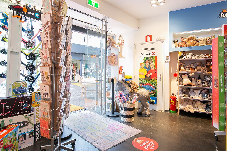 Bekijk foto 3 van Donkerstraat 21
