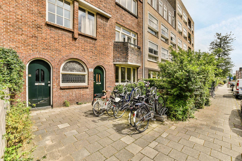 Bekijk foto 1 van Uithoornstraat 32 huis