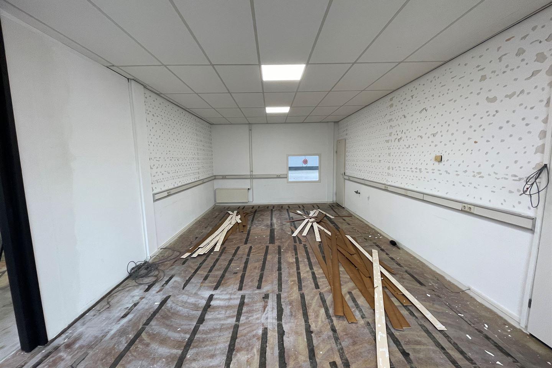 Bekijk foto 2 van Klompenmakerstraat 18 a