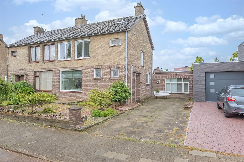 Bekijk foto 2 van Heerstraat Noord 62
