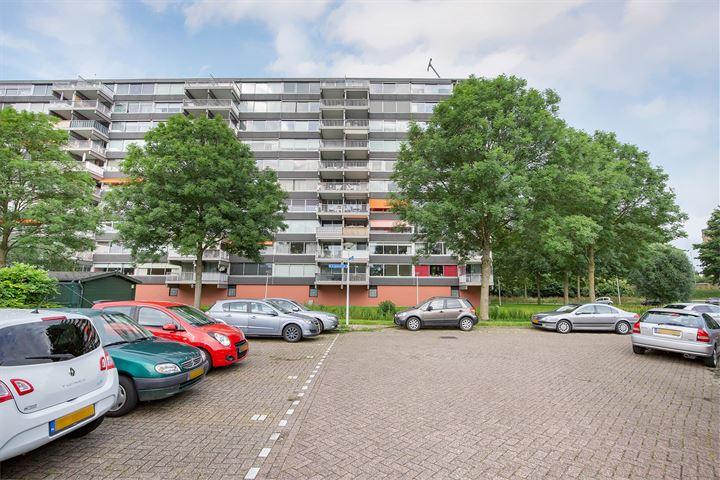 P.J. Oudstraat 316