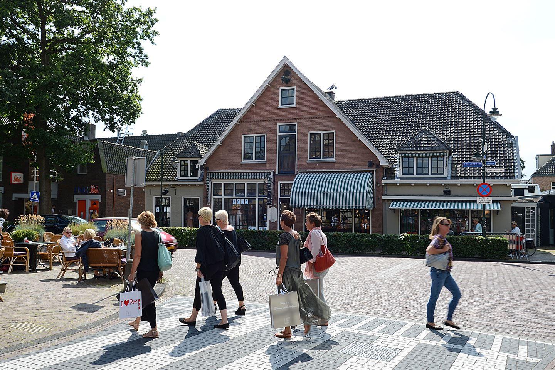 Bekijk foto 2 van Sint Janstraat 2 -4