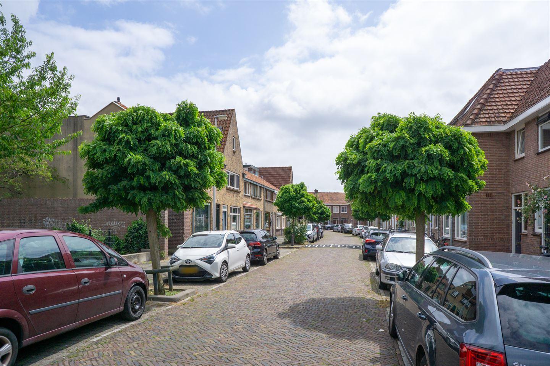 Bekijk foto 5 van Johannes Uitenbogaertstraat 15