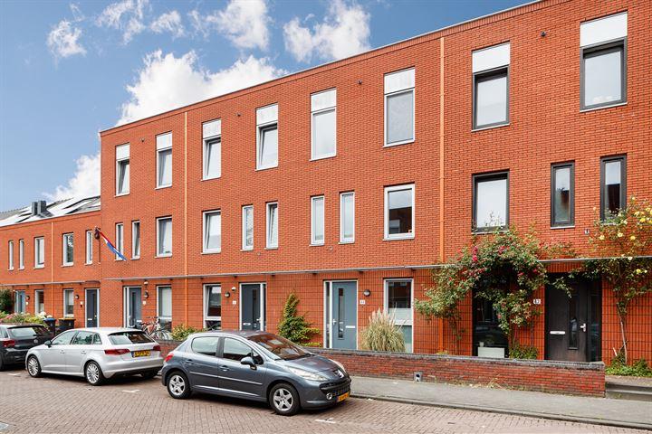 Paul Kleestraat 44
