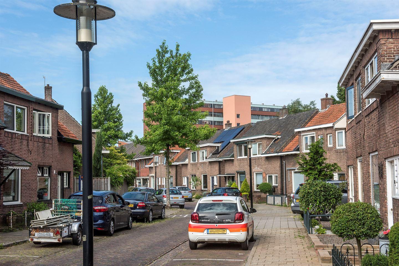 View photo 3 of Zonstraat 9