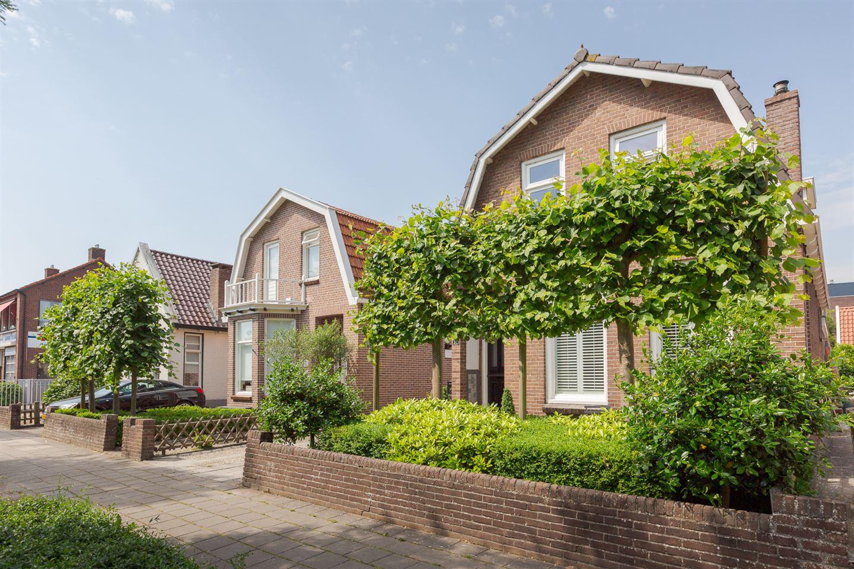 Bekijk foto 2 van Heerenveenseweg 57
