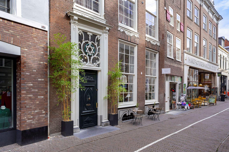 Bekijk foto 1 van Lange Bisschopstraat 19