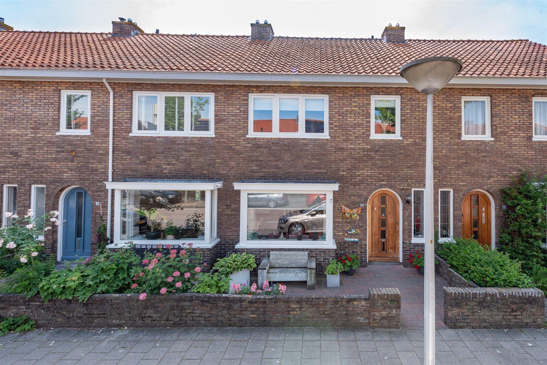 Bekijk foto 1 van Apeldoornsestraat 17
