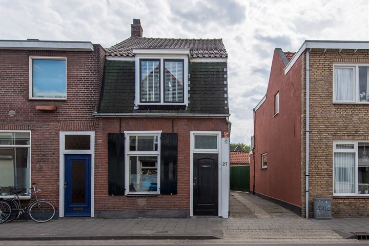 Hoefstraat 27