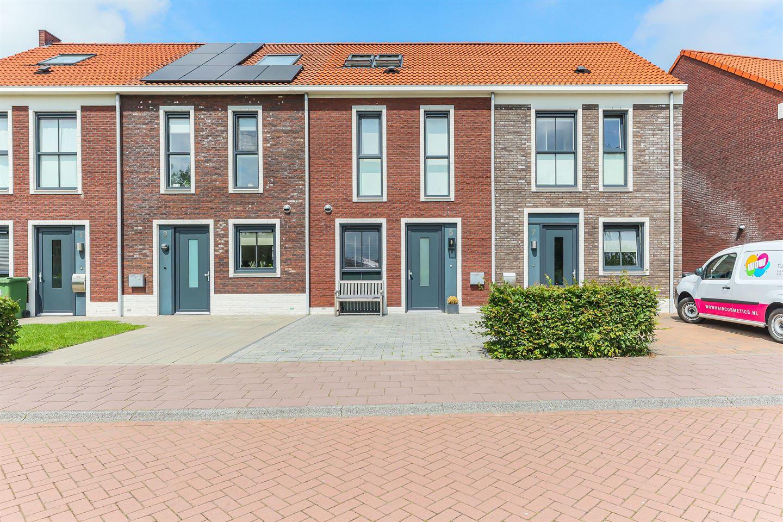 Bekijk foto 3 van Van Eyckstraat 5