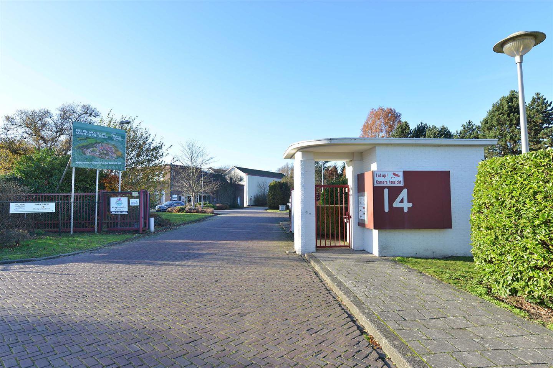 Bekijk foto 2 van D.J. Bunschotenstraat 14
