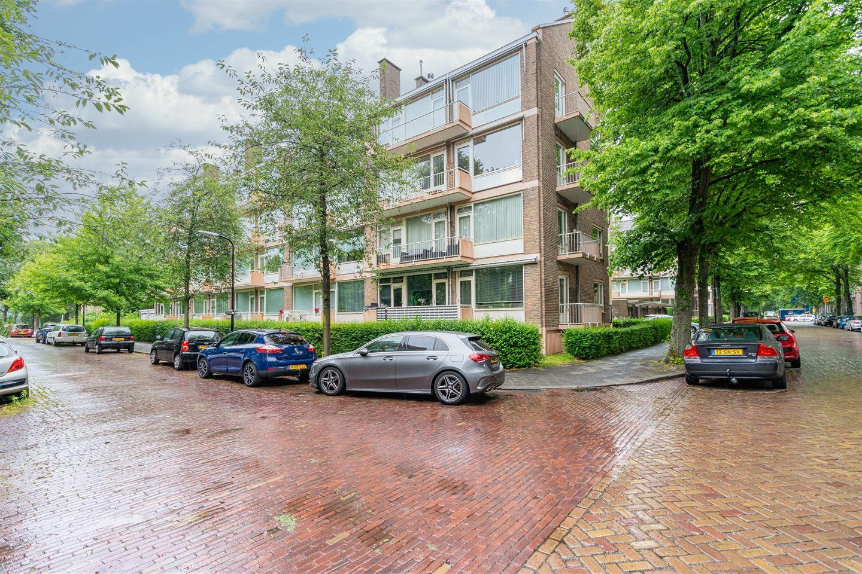 Bekijk foto 1 van Dr H. Colijnlaan 120