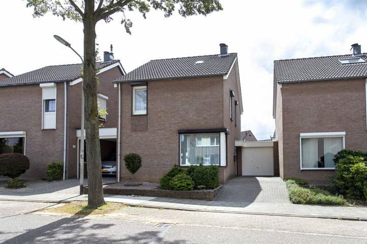 Merovingenstraat 11