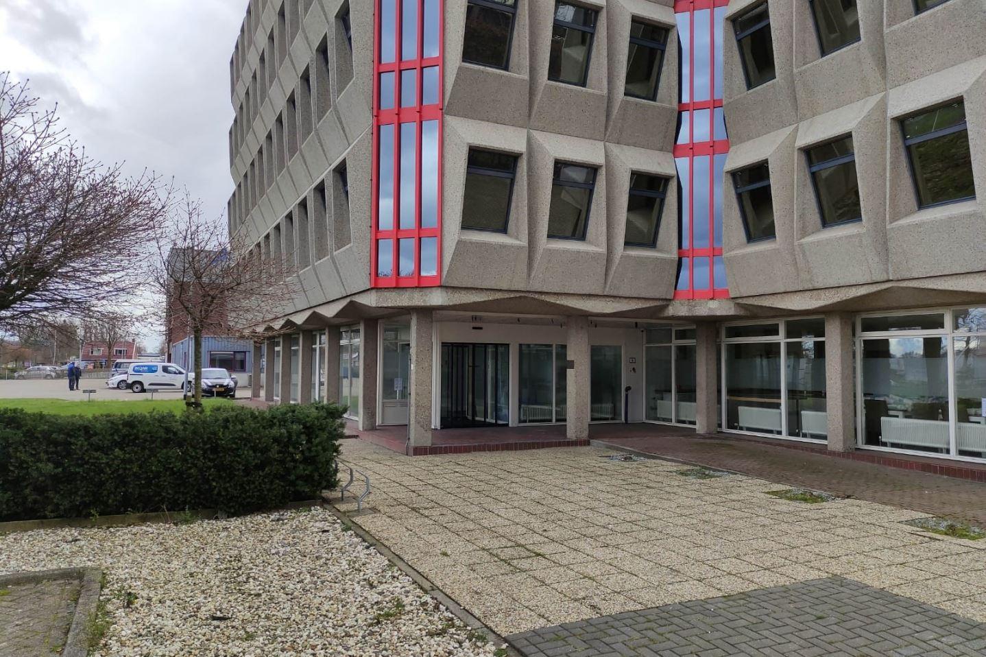 Bekijk foto 2 van Hogelandsterweg 16 A