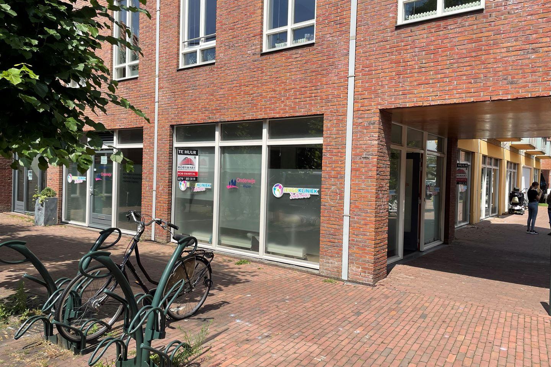 Bekijk foto 3 van Dorpsstraat 182 -182a