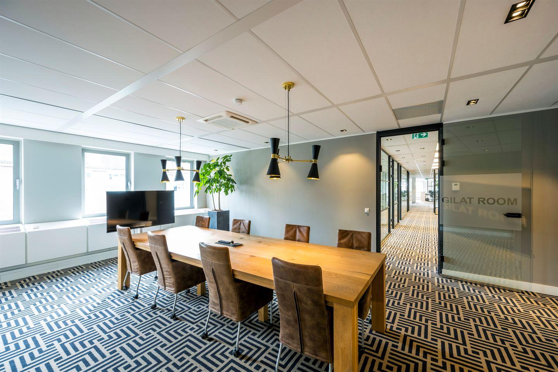 Bekijk foto 2 van Van Boshuizenstraat 12