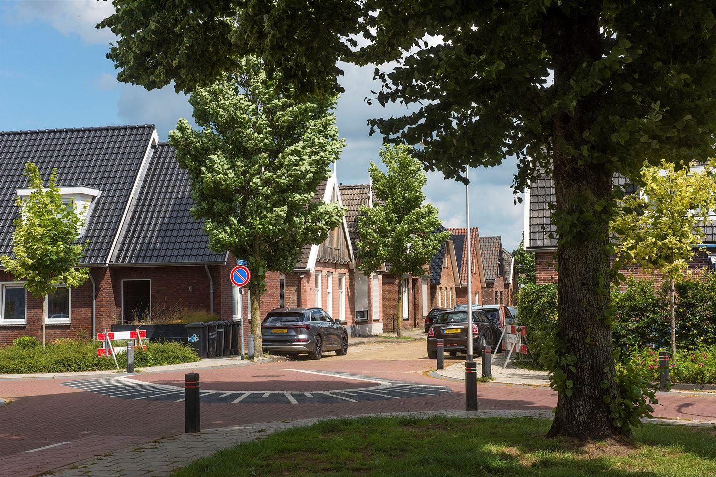 Bekijk foto 3 van Schoolstraat 16