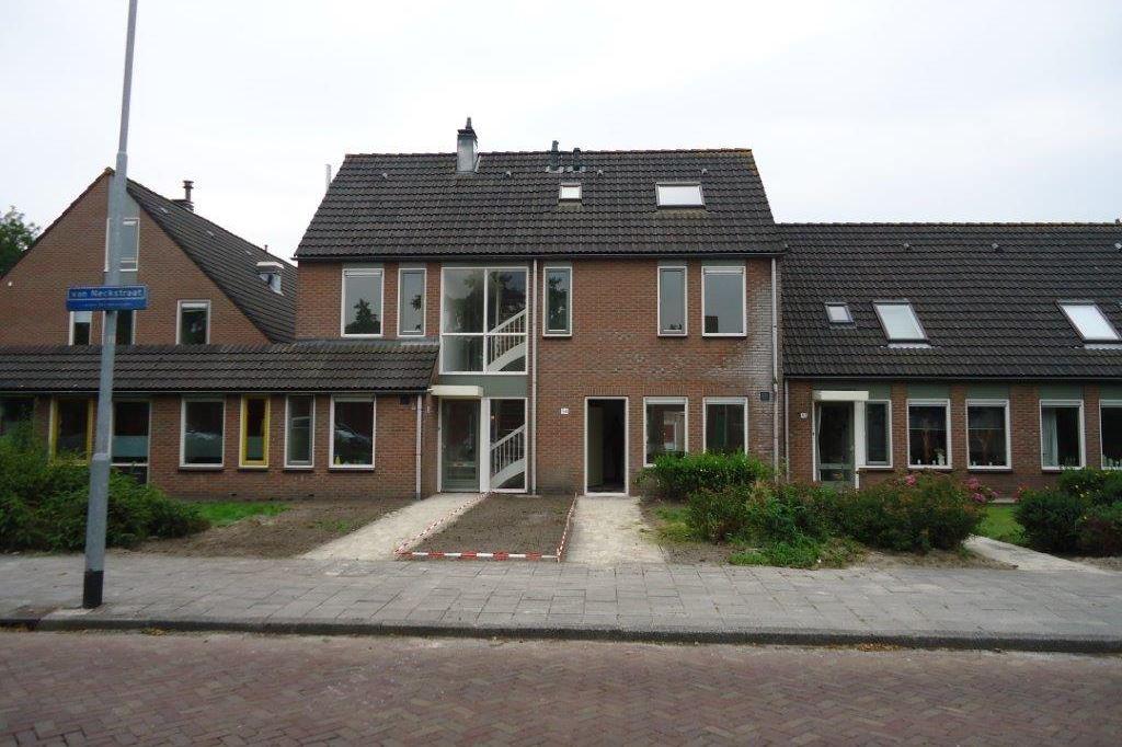 Bekijk foto 1 van van Neckstraat 54