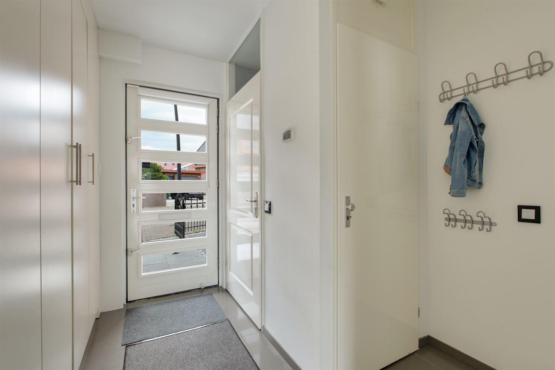 Bekijk foto 4 van J M van der Meystraat 4