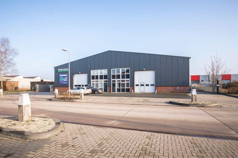 Bekijk foto 2 van Binnenhaven 140