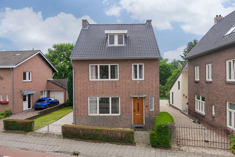 Bekijk foto 1 van Valkenburgerweg 86