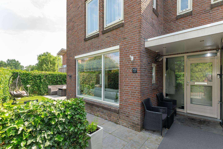 View photo 4 of Ten Oeverstraat 102
