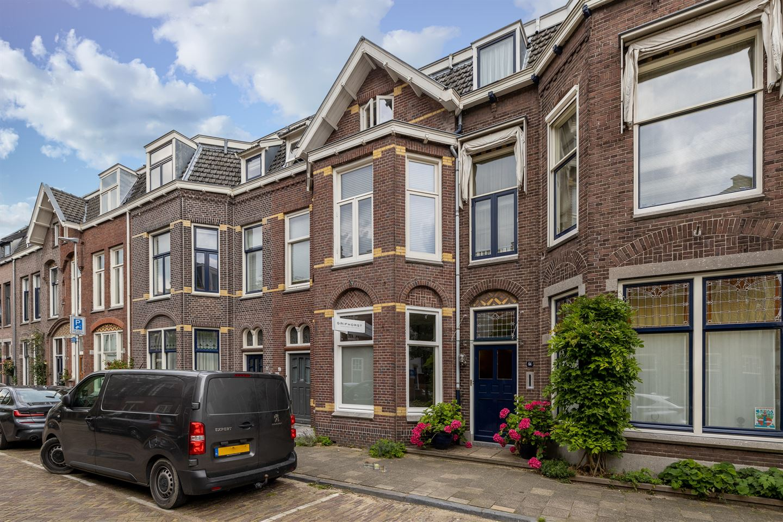 Bekijk foto 2 van Frederik Hendrikstraat 62