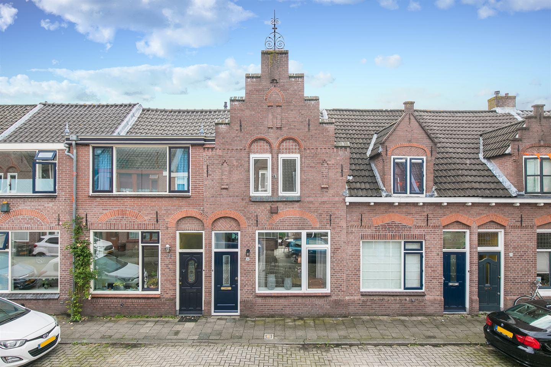 View photo 1 of Verenigingstraat 33