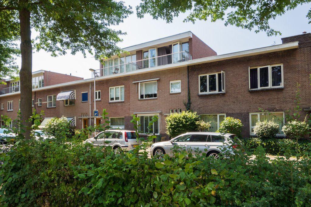 Bekijk foto 1 van Van Swindenstraat 134