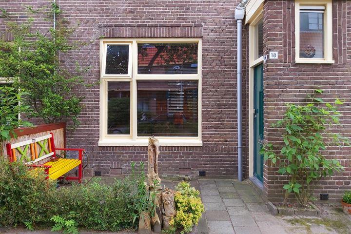 Louise Henriettestraat 18