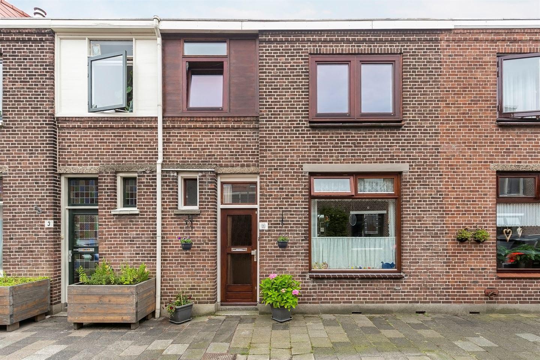 Bekijk foto 1 van Wassenaarstraat 5