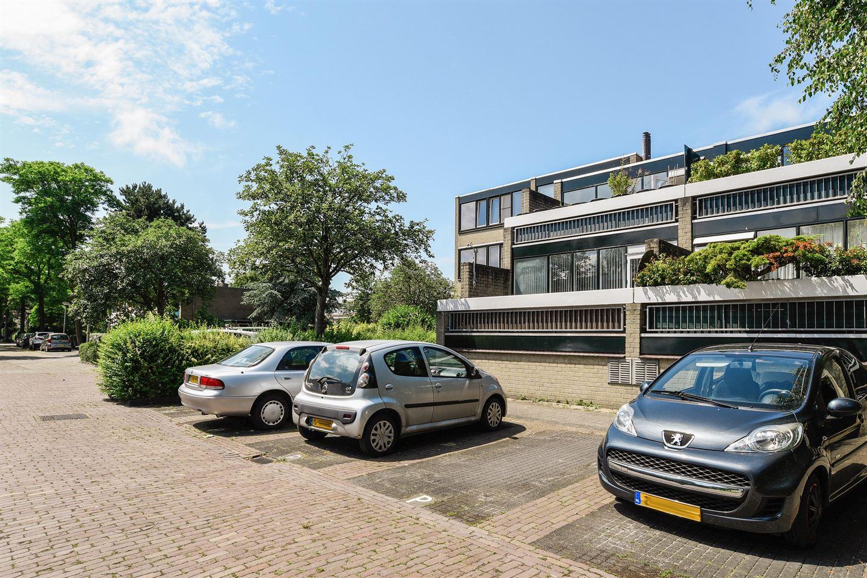 Bekijk foto 1 van Te Winkelhof 37