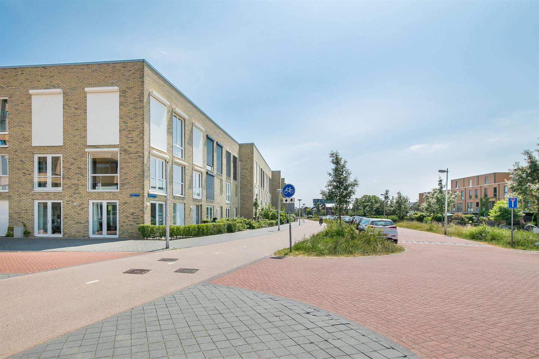 View photo 4 of Kees van Dongensingel 262