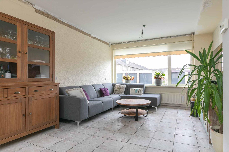 Bekijk foto 2 van Van Glabbeekstraat 33