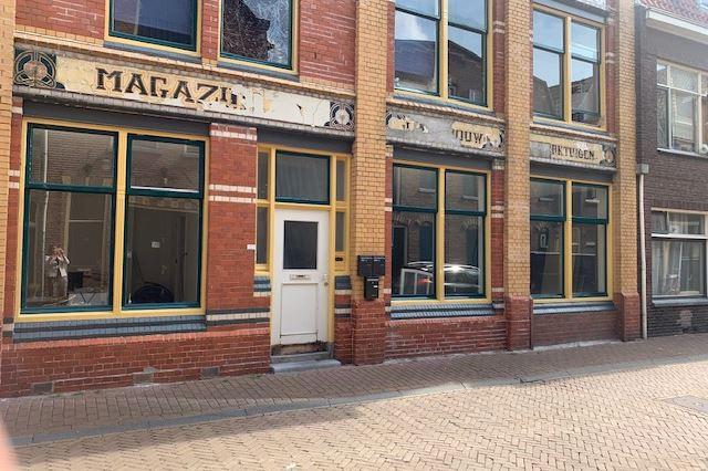 Bekijk foto 2 van Voorstraat 101