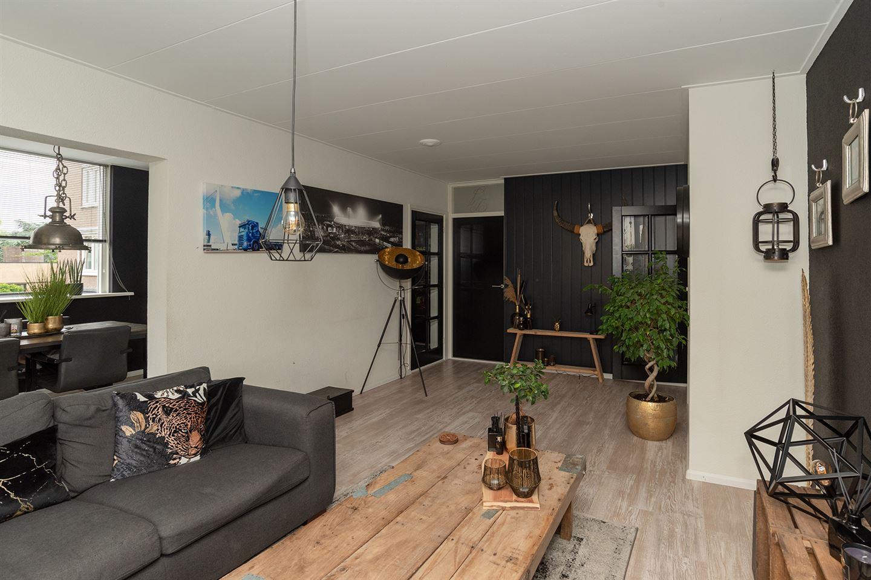 Bekijk foto 4 van Pieter de Hoochstraat 68