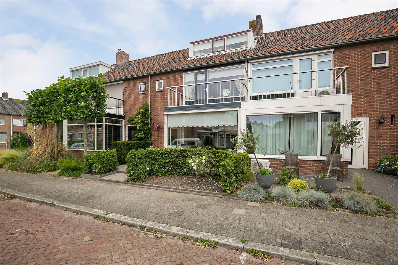 View photo 2 of Scheltingastraat 36
