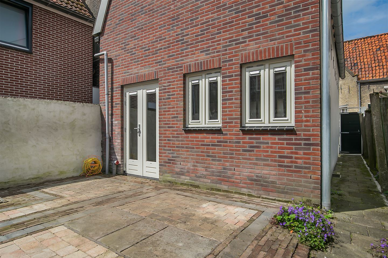 Bekijk foto 2 van Breedstraat 155