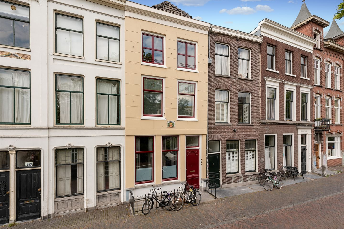 View photo 2 of Oudegracht 361 B