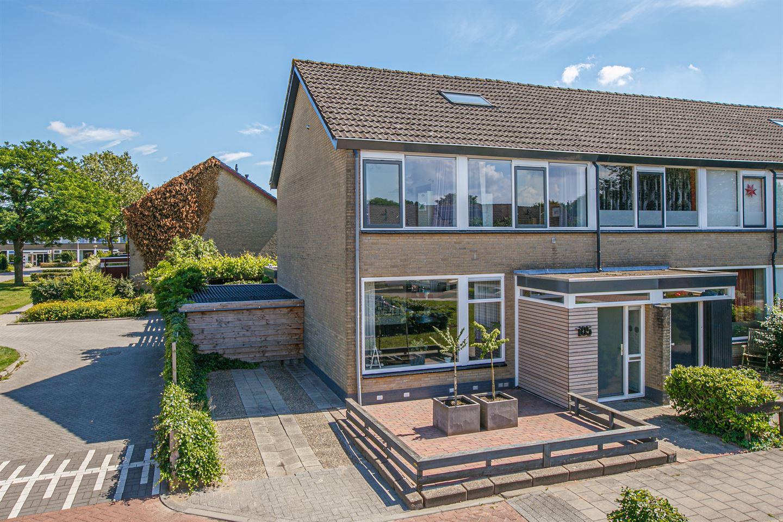 Bekijk foto 1 van Jan Mankeshof 105