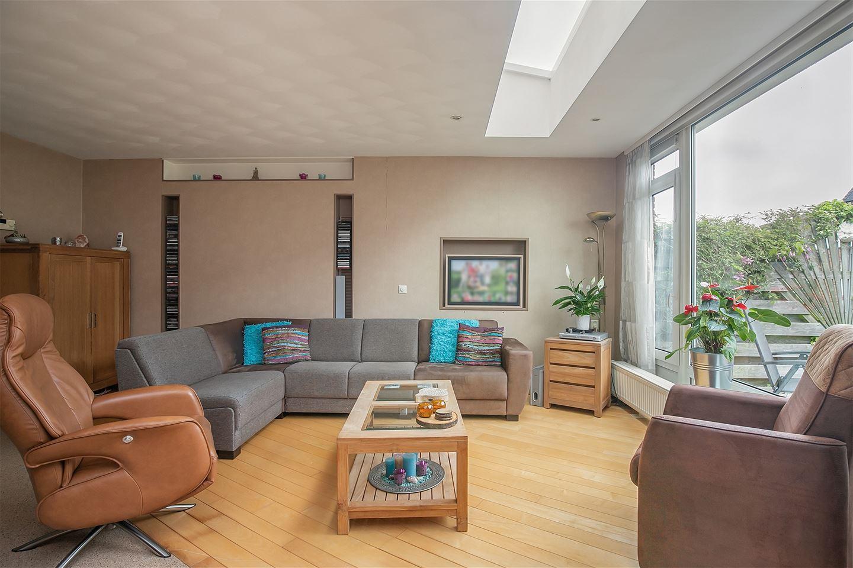 Bekijk foto 2 van Cort van der Lindenstraat 10