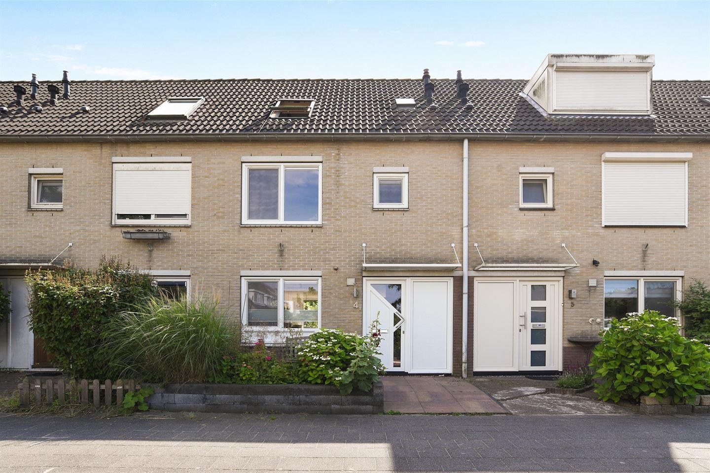 Bekijk foto 1 van Oosthoekhof 4