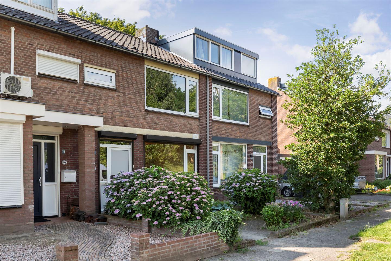 Bekijk foto 2 van Opaalstraat 77