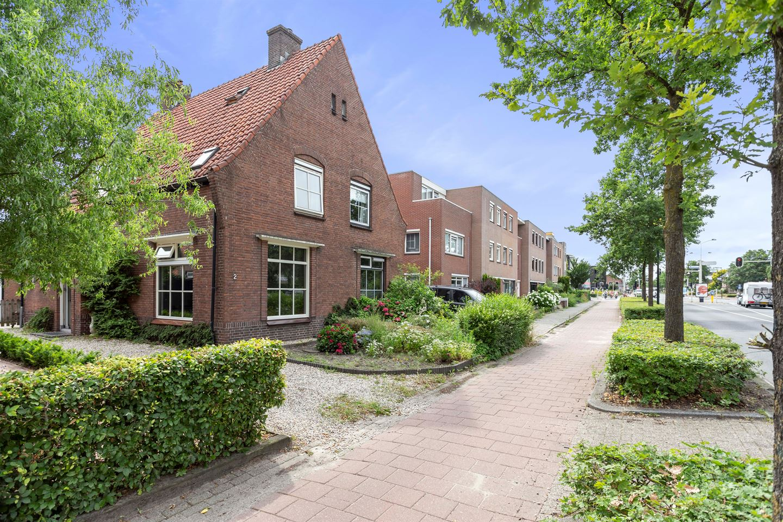 View photo 2 of Zutphensestraat 2 - 2