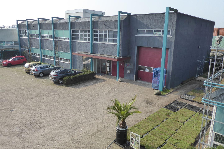 Bekijk foto 2 van Industrielaan 15 C.
