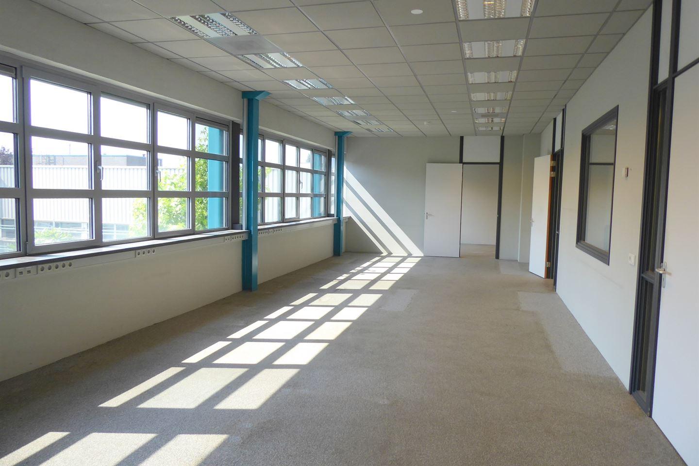 Bekijk foto 5 van Industrielaan 15 C.
